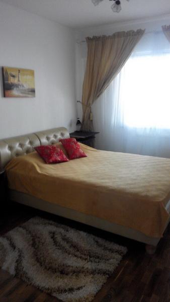 Сдается 3-комнатная квартира на ул. Жукова Вице- Адм. Пер. — 0 у.е./сут.