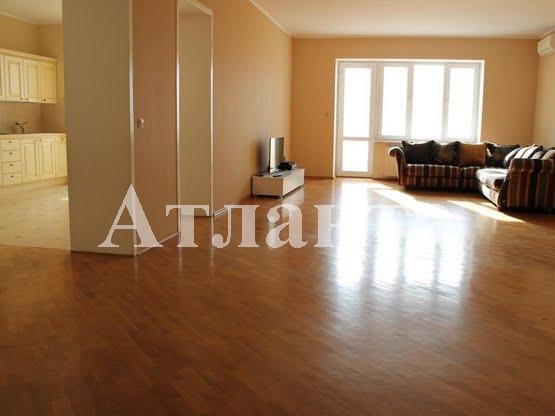 Продается 4-комнатная квартира на ул. Лидерсовский Бул. (Дзержинского Бул.) — 450 000 у.е.
