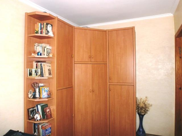 Продается 2-комнатная квартира на ул. Ядова Сергея (Юбилейная) — 27 000 у.е. (фото №3)