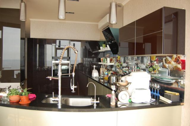 Сдается 3-комнатная квартира на ул. Гагаринское Плато — 0 у.е./сут. (фото №8)