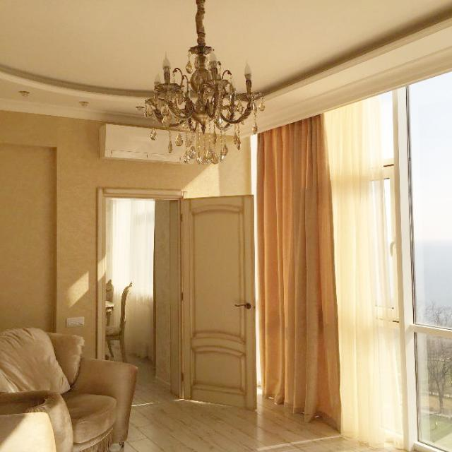 Сдается 4-комнатная квартира на ул. Гагаринское Плато — 0 у.е./сут.