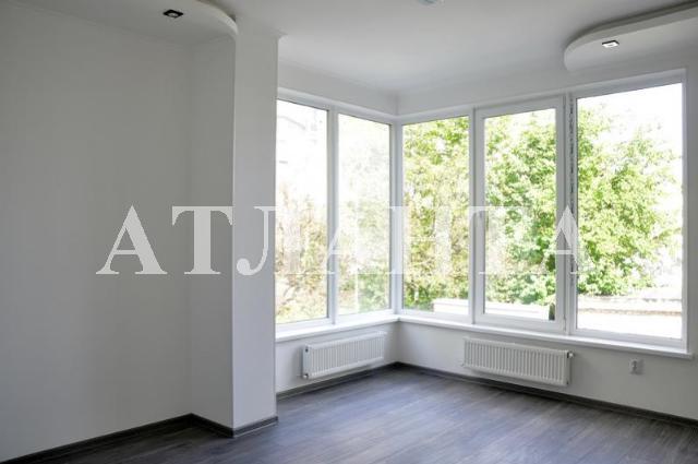 Продается 2-комнатная квартира на ул. Героев Cталинграда — 65 000 у.е.