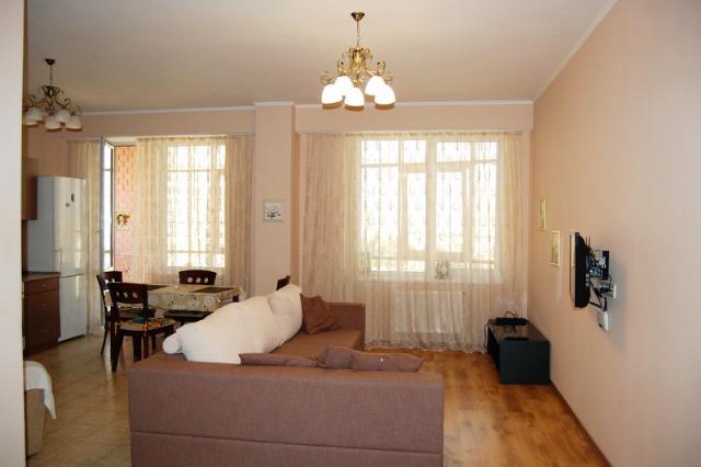 Сдается 1-комнатная квартира на ул. Армейская (Ленинского Батальона) — 0 у.е./сут.