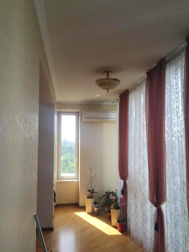 Сдается 4-комнатная квартира на ул. Мукачевский Пер. — 0 у.е./сут. (фото №5)