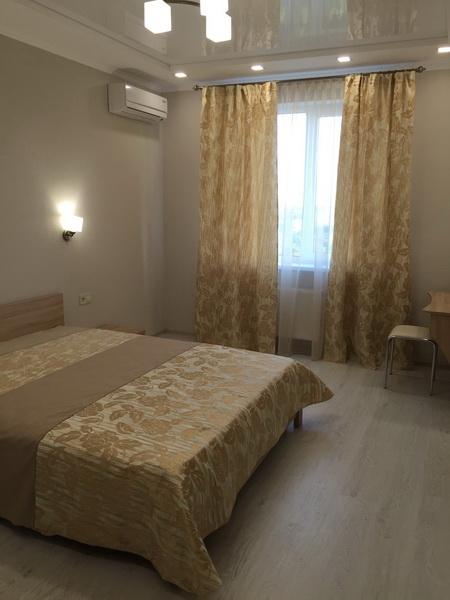 Сдается 2-комнатная квартира на ул. Среднефонтанская — 44 у.е./сут.