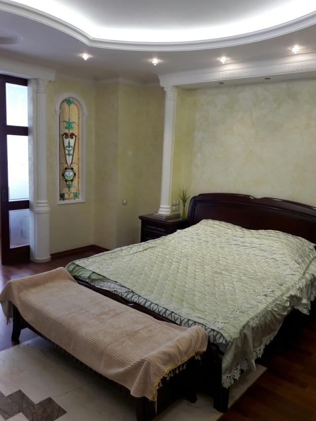 Сдается 4-комнатная квартира на ул. Шевченко Пр. — 0 у.е./сут. (фото №5)