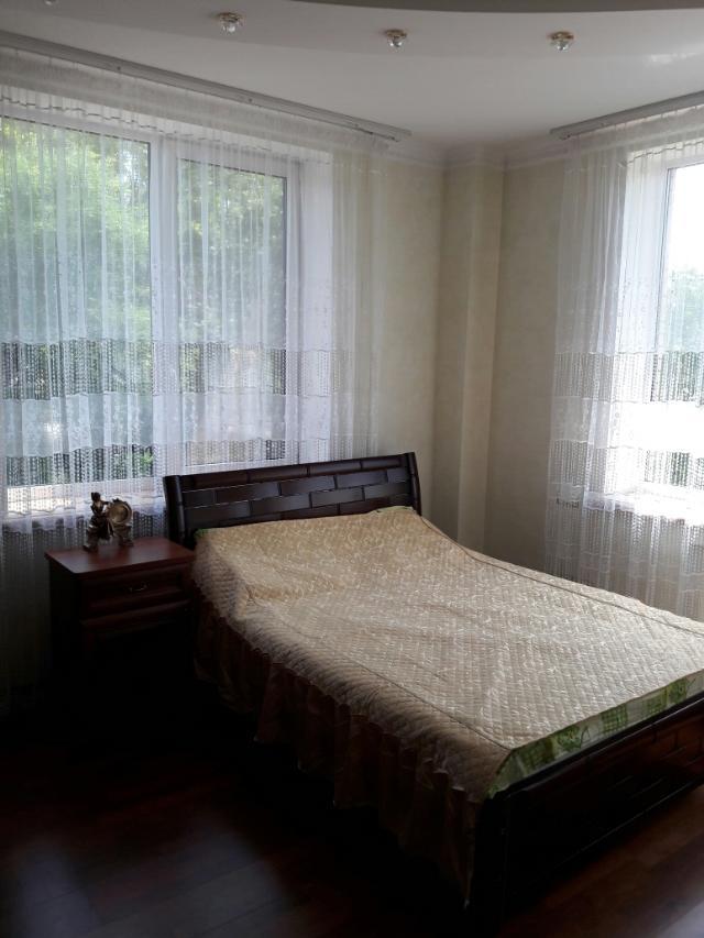 Сдается 4-комнатная квартира на ул. Шевченко Пр. — 0 у.е./сут. (фото №9)