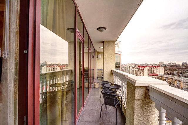 Сдается 1-комнатная квартира на ул. Греческая (Карла Либкнехта) — 0 у.е./сут. (фото №2)