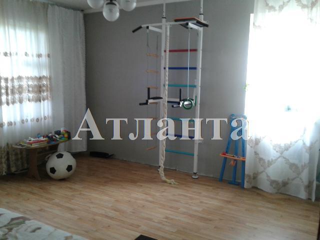 Продается 2-комнатная квартира на ул. Добровольского Пр. — 35 000 у.е.