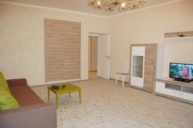 Сдается 2-комнатная квартира на ул. Конная (Артема) — 0 у.е./сут. (фото №2)