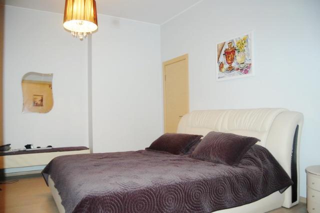 Сдается 3-комнатная квартира на ул. Литературная — 0 у.е./сут. (фото №5)