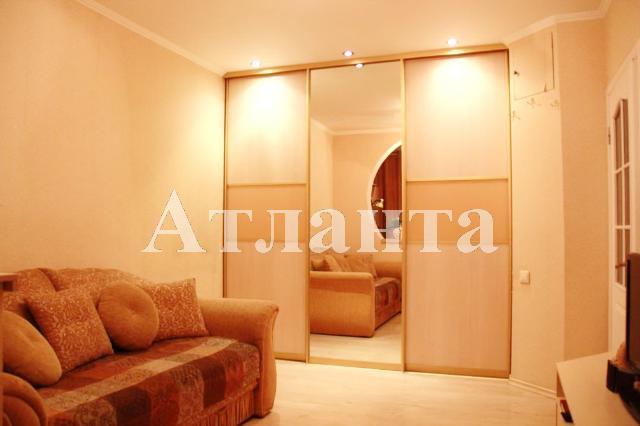 Продается 1-комнатная квартира на ул. Бочарова Ген. — 34 000 у.е.