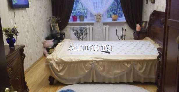 Продается коммунальная на ул. Люстдорфская Дор. (Черноморская Дор.) — 16 000 у.е.