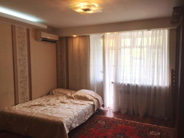 Продается 1-комнатная Квартира на ул. Ядова Сергея (Юбилейная) — 40 000 у.е.
