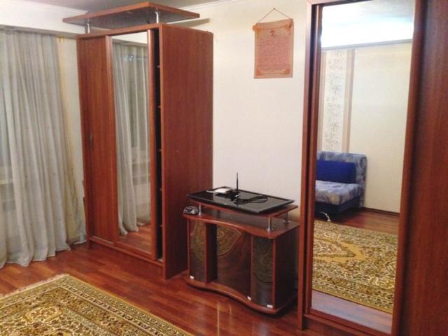 Продается 1-комнатная квартира на ул. Ядова Сергея (Юбилейная) — 40 000 у.е. (фото №2)