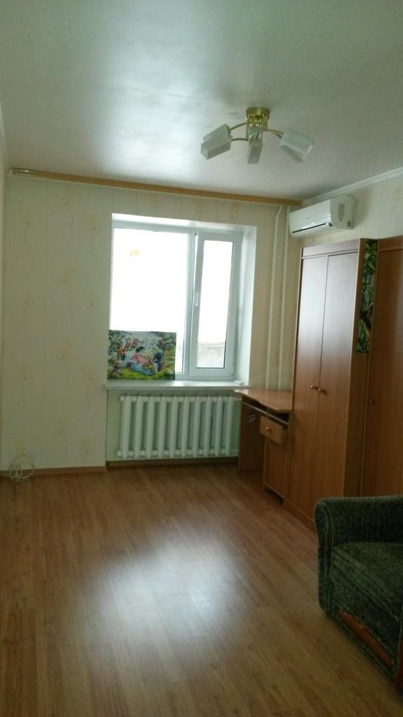 Продается 2-комнатная квартира на ул. Ядова Сергея (Юбилейная) — 49 000 у.е.