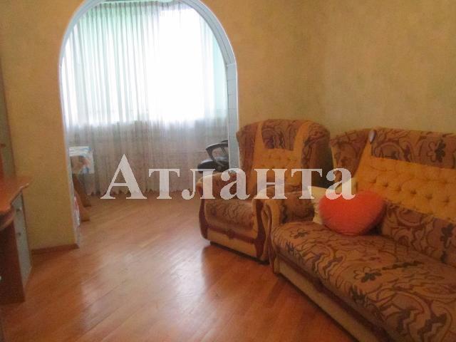 Продается 3-комнатная квартира на ул. Королева Ак. — 56 000 у.е.