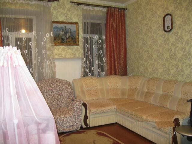 Продается 2-комнатная квартира на ул. Средняя (Осипенко) — 32 000 у.е.