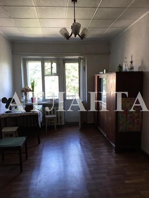 Продается 3-комнатная квартира на ул. Комарова — 35 000 у.е.