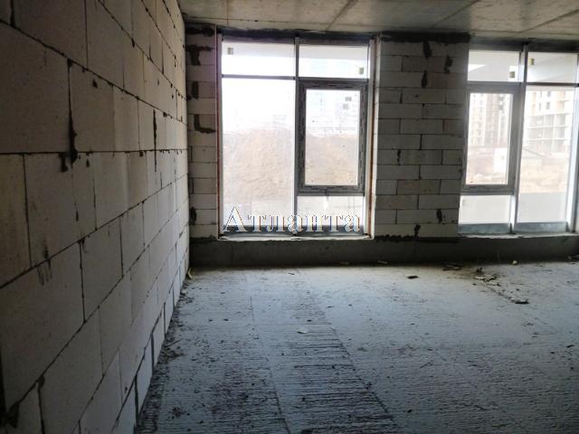 Продается 2-комнатная квартира на ул. Гагаринское Плато — 52 000 у.е.