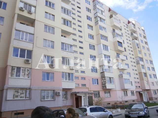 Продается 3-комнатная квартира на ул. Днепропетр. Дор. — 67 000 у.е.