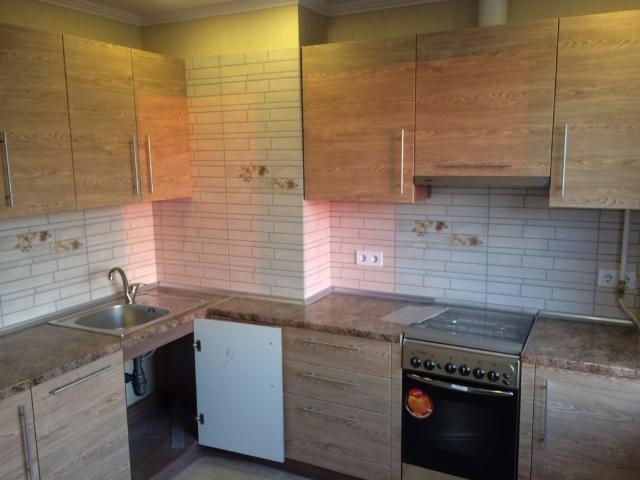 Продается 1-комнатная Квартира на ул. Радужный М-Н — 40 500 у.е. (фото №2)