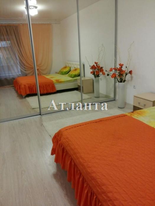 Продается 2-комнатная квартира на ул. Ришельевская (Ленина) — 55 000 у.е.