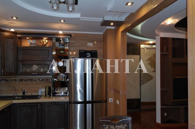 Продается 3-комнатная квартира на ул. Сахарова — 120 000 у.е.