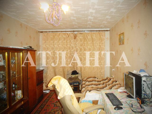 Продается 2-комнатная квартира на ул. Бочарова Ген. — 25 000 у.е.
