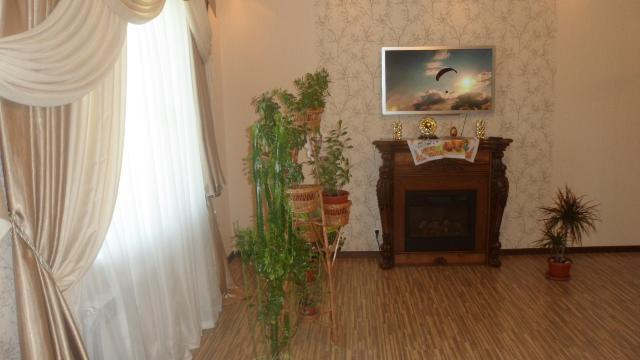 Продается 2-комнатная квартира на ул. Сахарова — 75 000 у.е.