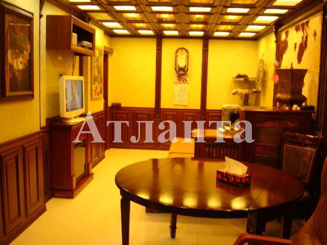 Продается 3-комнатная Квартира на ул. Добровольского Пр. — 60 000 у.е.