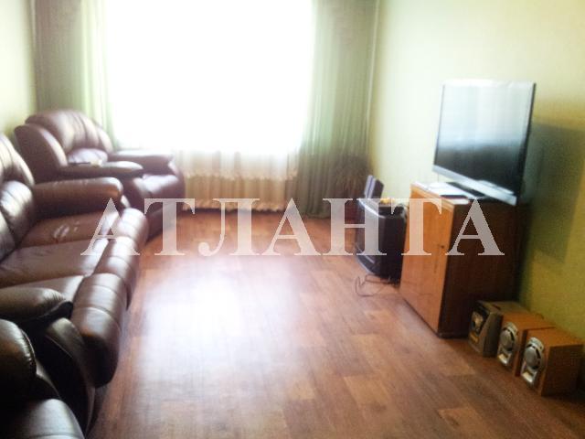 Продается 3-комнатная квартира на ул. Добровольского Пр. — 65 000 у.е.