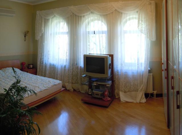 Продается дом на ул. Цветочная — 1 500 000 у.е. (фото №5)
