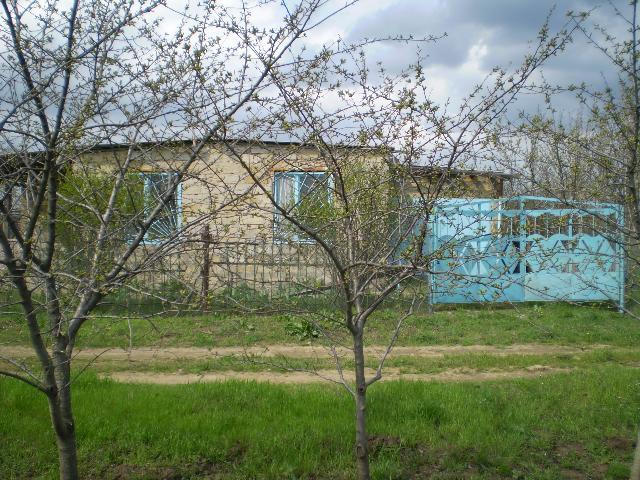 Продается дача на ул. Филатова Ак. — 5 000 у.е.