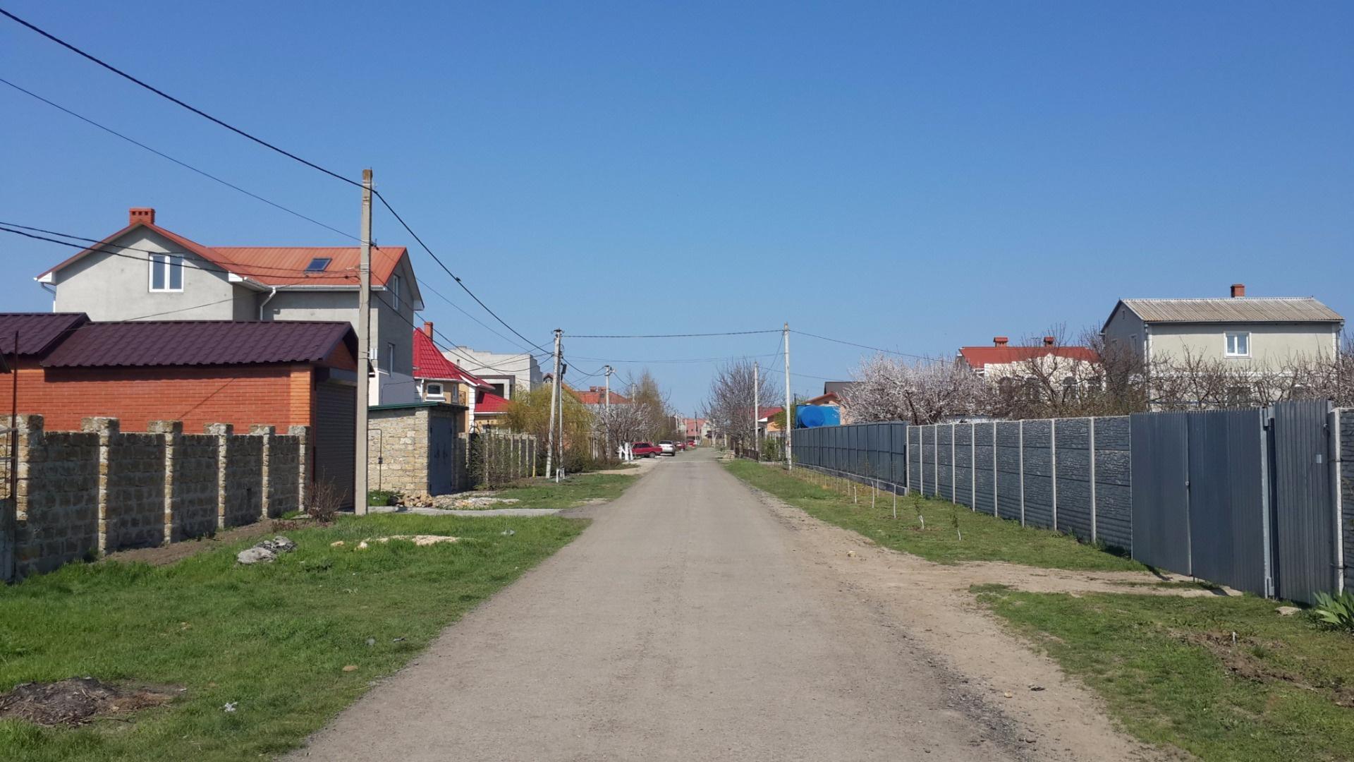 Продается земельный участок на ул. Суворова — 10 000 у.е.