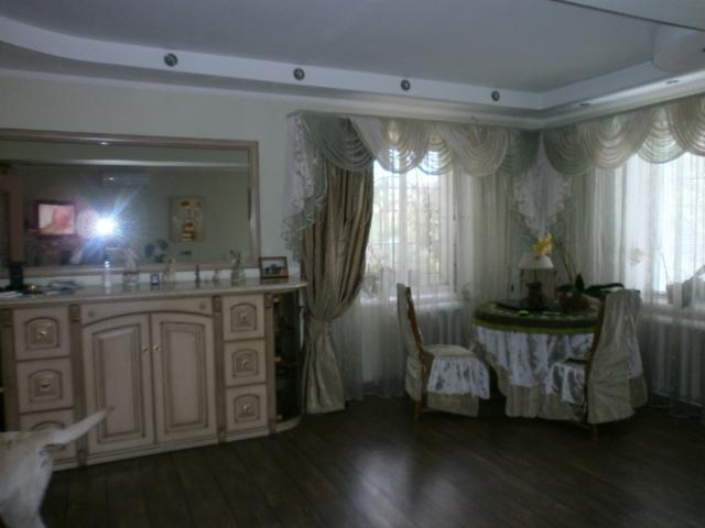 Продается дом на ул. Вишневая — 330 000 у.е.