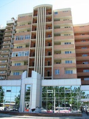 Продается 2-комнатная квартира на ул. Небесной Сотни Пр. (Жукова Марш. Пр., Ленинской Искры Пр.) — 56 000 у.е.