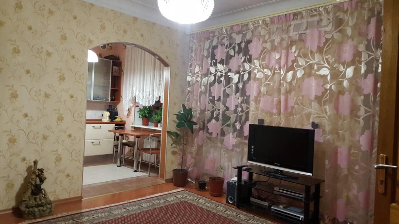 Продается 3-комнатная квартира на ул. Преображенская (Советской Армии) — 103 500 у.е.