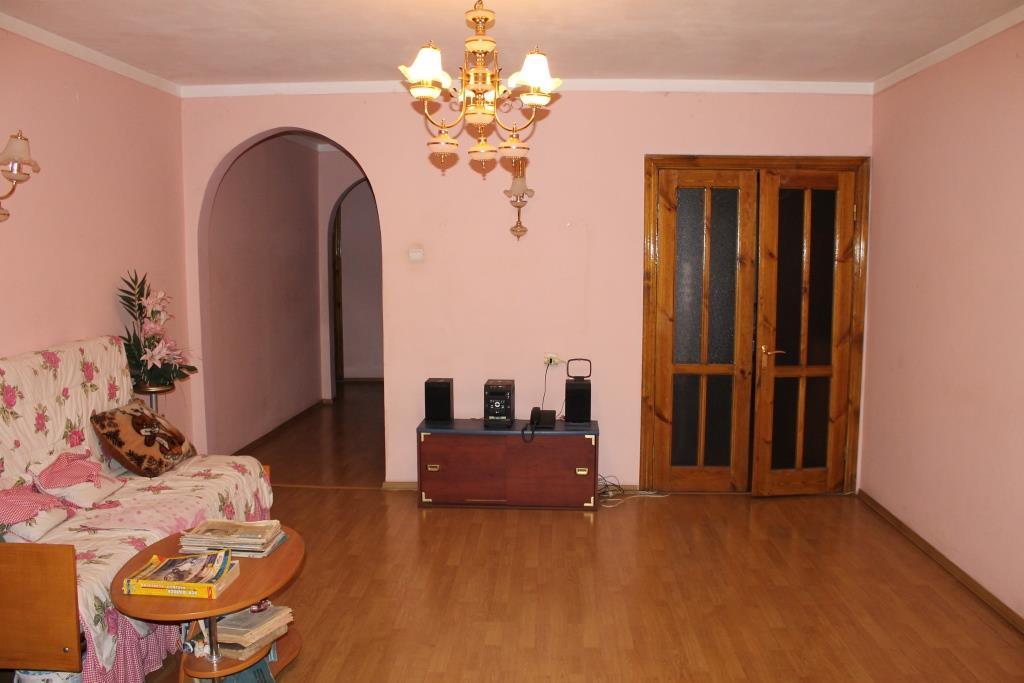 Продается 4-комнатная Квартира на ул. Королева Ак. — 85 000 у.е.