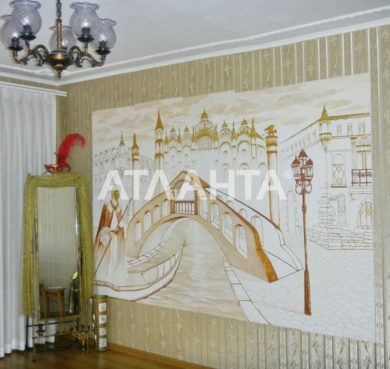 Продается 3-комнатная Квартира на ул. Королева Ак. — 60 000 у.е.