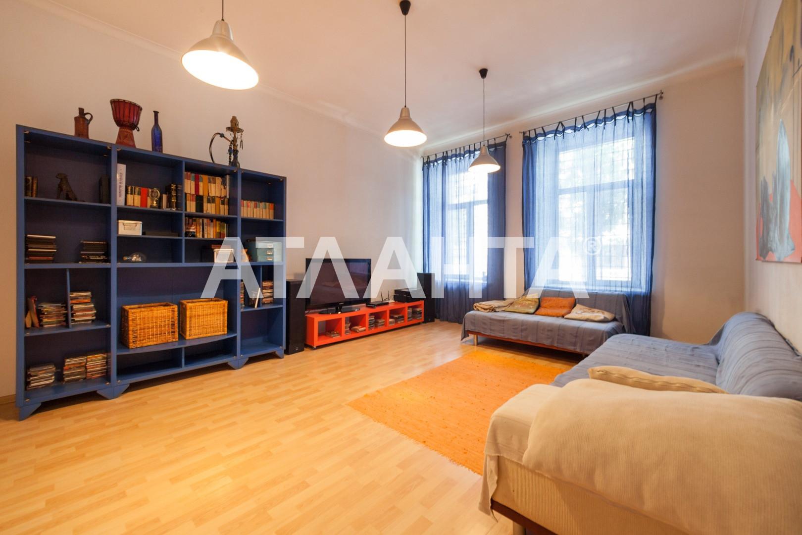 Продается 3-комнатная Квартира на ул. Военный Сп. (Жанны Лябурб Сп.) — 95 000 у.е.
