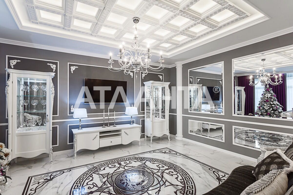 Продается 3-комнатная Квартира на ул. Фонтанская Дор. (Перекопской Дивизии) — 210 000 у.е.