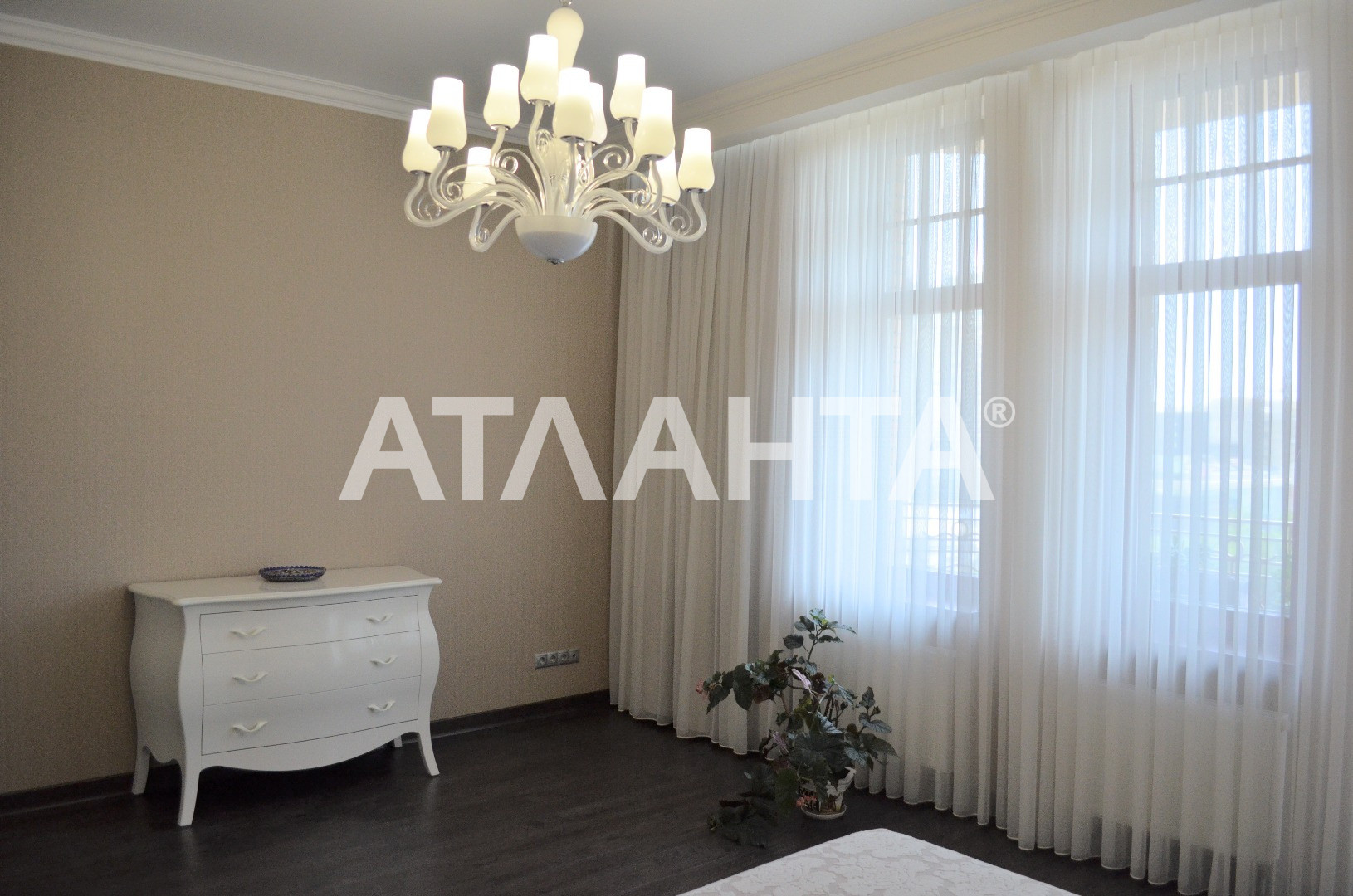 Продается 4-комнатная Квартира на ул. Генуэзская — 550 000 у.е. (фото №11)