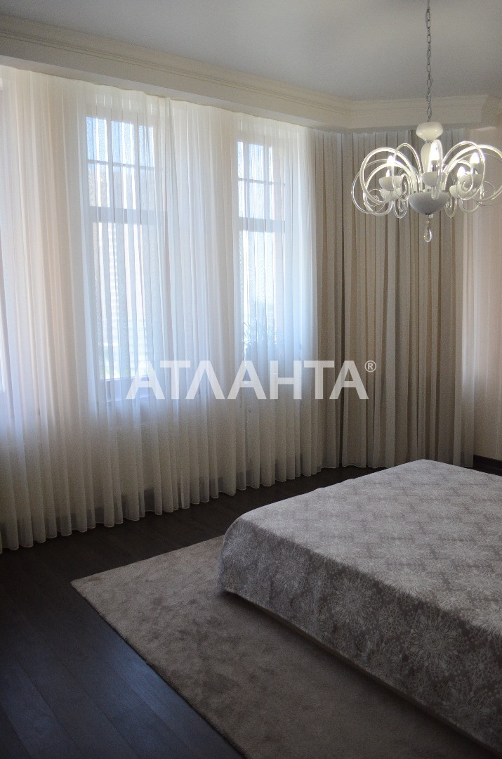Продается 4-комнатная Квартира на ул. Генуэзская — 550 000 у.е. (фото №12)