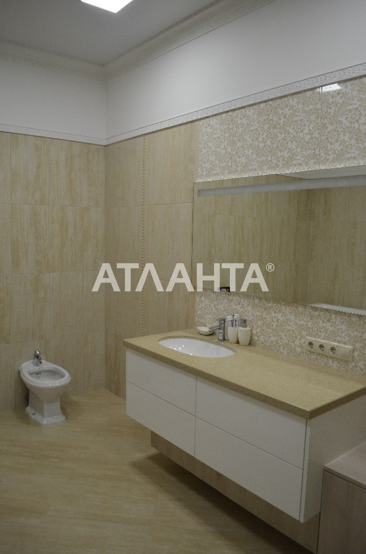 Продается 4-комнатная Квартира на ул. Генуэзская — 550 000 у.е. (фото №18)