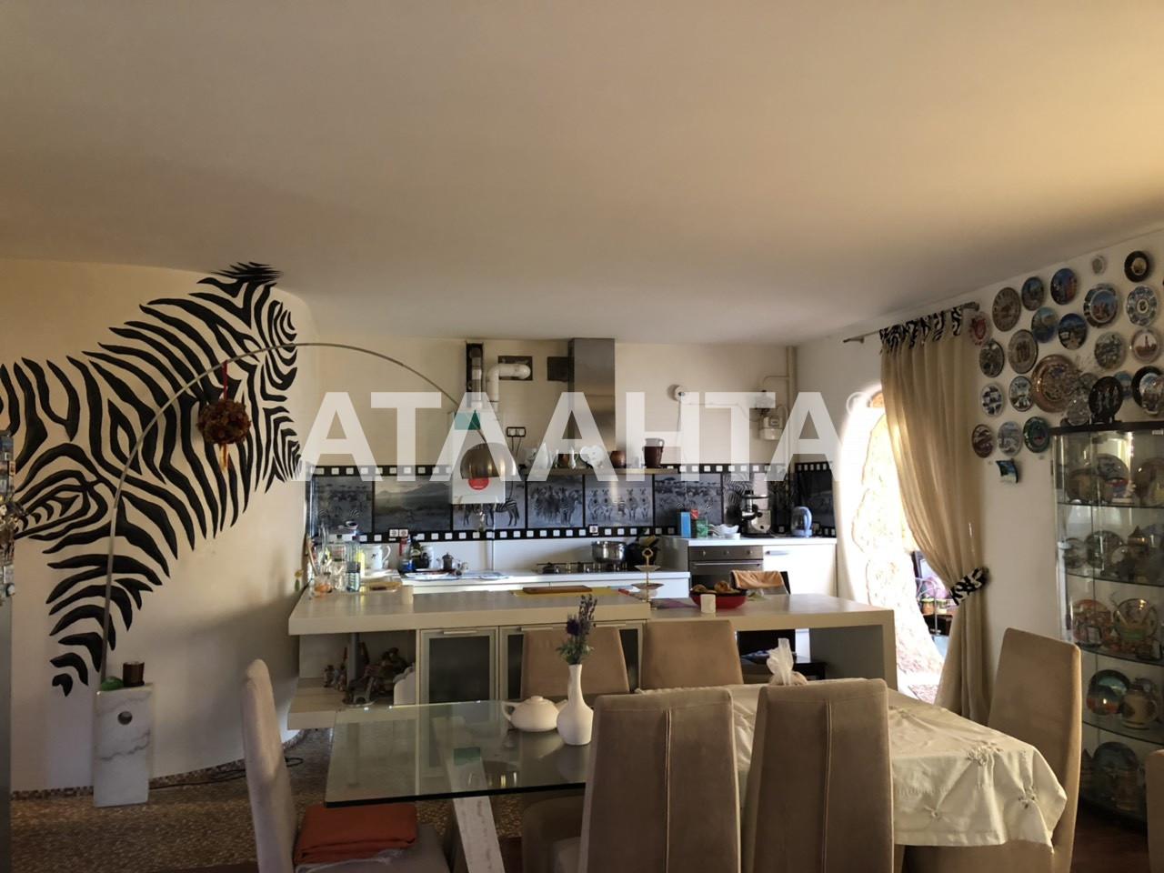 Продается 3-комнатная Квартира на ул. 1 Мая — 135 000 у.е.