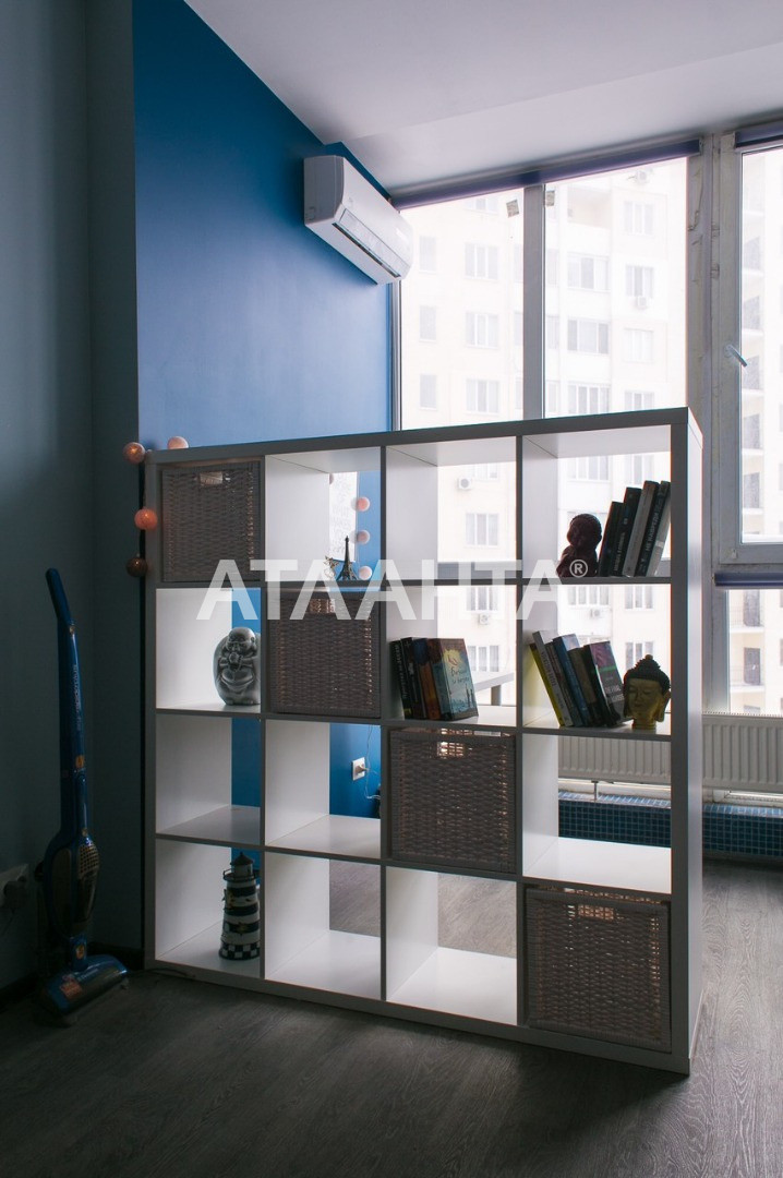 Продается 1-комнатная Квартира на ул. Королева Ак. — 52 000 у.е. (фото №2)