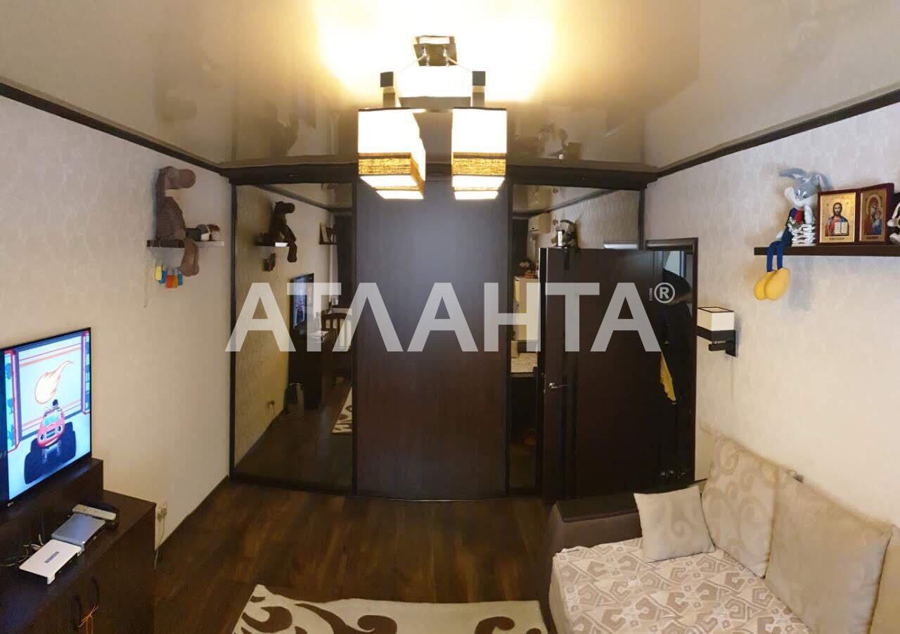 Продается 1-комнатная Квартира на ул. Королева Ак. — 33 000 у.е.