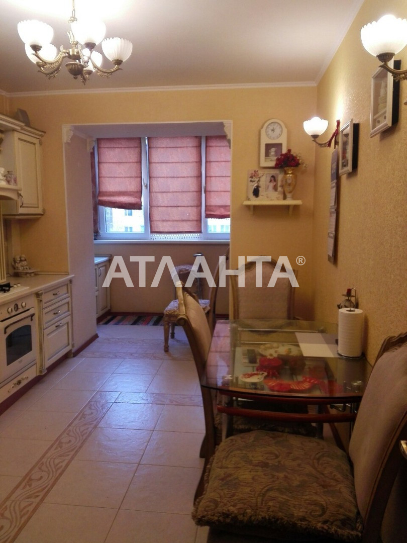 Продается 3-комнатная Квартира на ул. Бабаджаняна Марш. (Рекордная) — 100 000 у.е. (фото №2)
