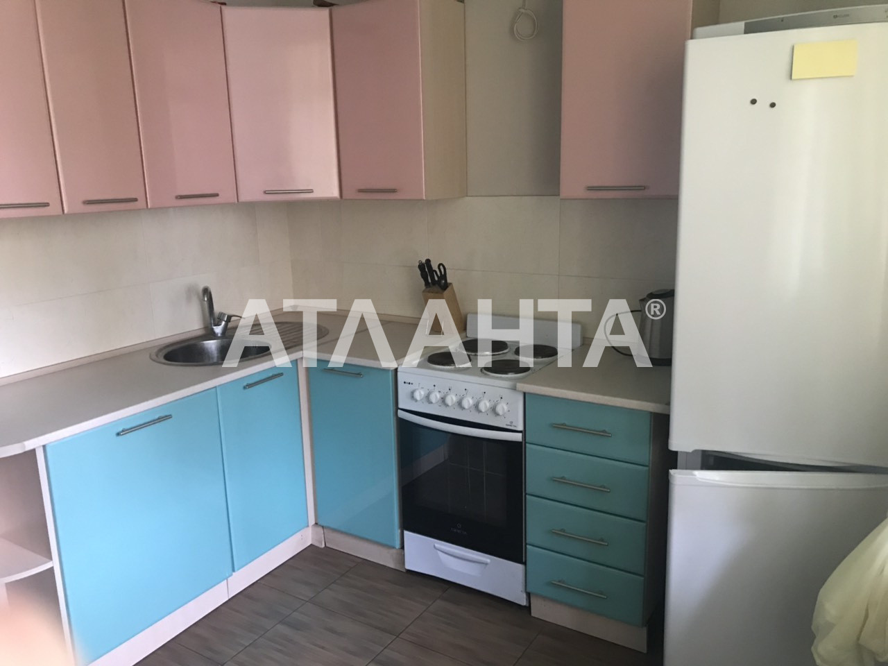 Продается 1-комнатная Квартира на ул. Радужный М-Н — 36 500 у.е. (фото №2)